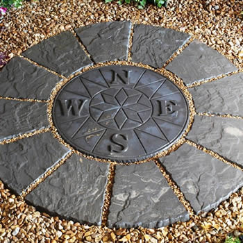 Deco-Pak Compass Rotunda Twilight Paving Kit 1.2m image