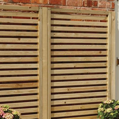 Rowlinson garden creations horizontal slat screen 2 pack for Horizontal garden screening